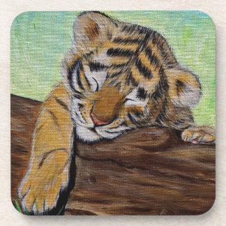 Dessous-de-verre Petit animal de tigre somnolent