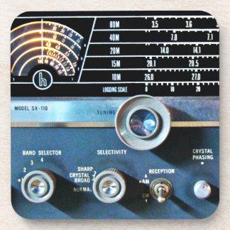 Dessous-de-verre Récepteur radioélectrique d'ondes courtes vintages