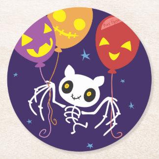 Dessous-de-verre Rond En Papier Vol squelettique de chauve-souris de Halloween