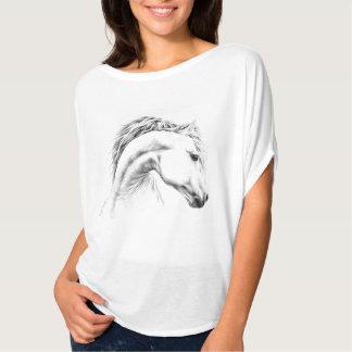 Dessus de T-shirt de dessin au crayon de portrait