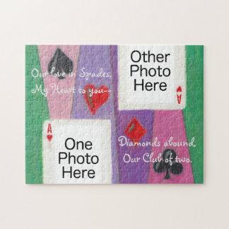 Deux cartes dans le puzzle romantique d'amour