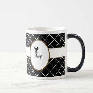 Diamant noir décoré d'un monogramme mug magic