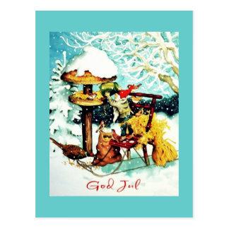 """""""Dieu juillet !"""" Nisse alimente de petits oiseaux Cartes Postales"""