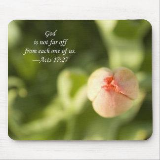 Dieu n'est pas lointain de chacun de nous, tapis tapis de souris