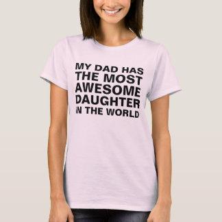 Dire de la fille le plus impressionnant du papa t-shirt