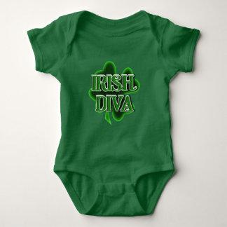 Diva d'Irlandais de bébé du jour de St Patrick Body