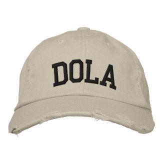 Dola a brodé le casquette