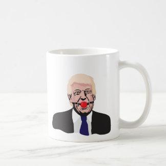 Donald Trump avec une boule de bâillon - tasse de