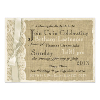 Douche nuptiale vintage de dentelle et de toile de carton d'invitation  12,7 cm x 17,78 cm