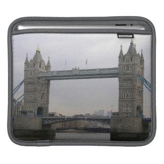 Douille de Rickshaw avec le pont de tour au-dessus Housse iPad