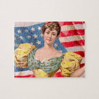 Drapeau américain de Madame Liberty Puzzle