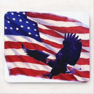 Drapeau américain et Eagle de débarquement Tapis De Souris