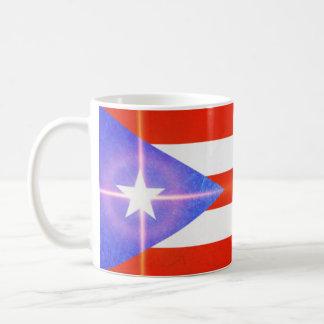 Drapeau de Porto Rico avec la tasse de café de