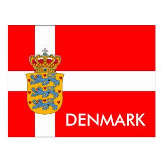 Drapeau du Danemark et manteau de carte postale de