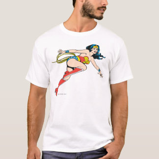 Droite de saut de femme de merveille t-shirt