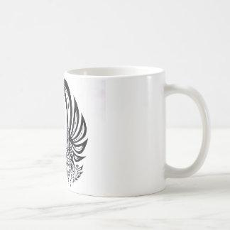 Eagle, faucon, tribal mug blanc
