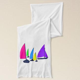Écharpe colorée de voiliers