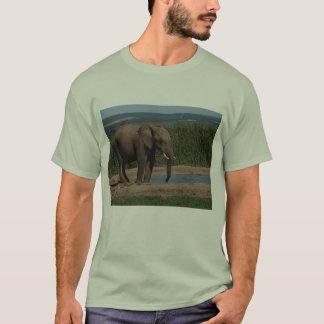 Éléphant de l'Afrique T-shirt