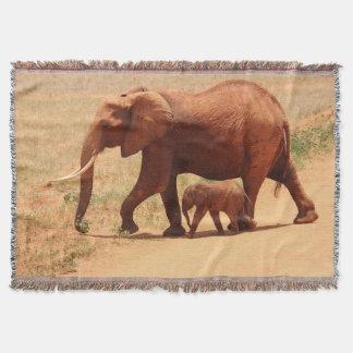 Éléphant de mère et couverture de jet de bébé