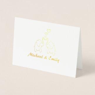 Éléphants élégants mignons dans l'amour foil card