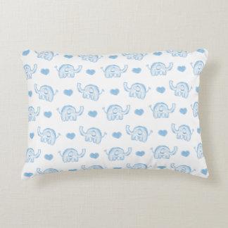 éléphants et coeurs de bébé bleu d'aquarelle coussins décoratifs
