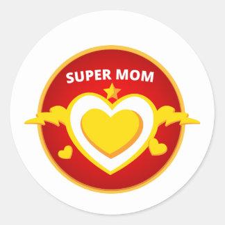 Emblème drôle de maman d'instantané de super héros sticker rond