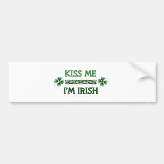 Embrassez-moi, je suis irlandais autocollant de voiture