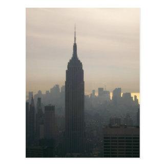 Empire State Building au crépuscule Carte Postale