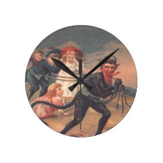 Enfants de kidnapping de Krampus Horloge Ronde