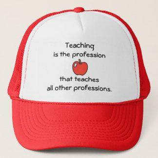 Enseignant à tous les autres le casquette