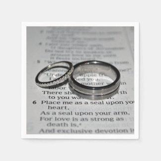 Ensemble de serviette d'anneaux de mariage serviettes jetables