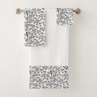 Ensemble noir et blanc de serviette de salle de