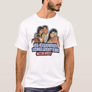 Enterrement de vie de jeune garçon sur la pièce en t-shirt