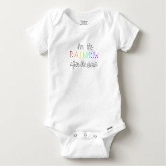 Équipement de bébé d'arc-en-ciel body