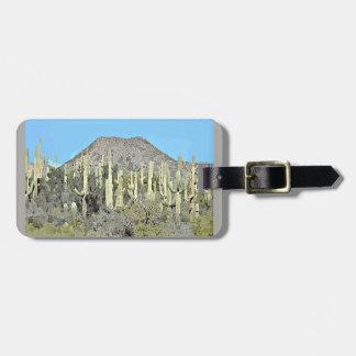 Étiquette À Bagage Étiquette de bagage de bande dessinée de Saguaros