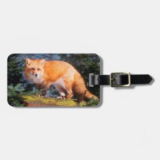 Étiquette À Bagage Fox rouge sur un rondin