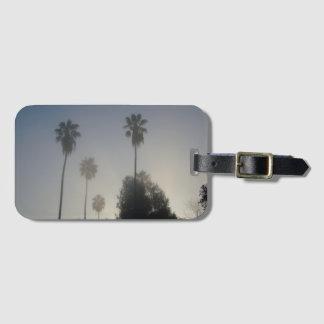 Étiquette À Bagage Palmiers de la Californie dans le brouillard
