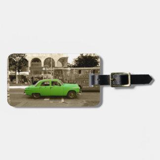 Étiquette À Bagage Vieille voiture verte uruguayenne