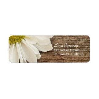 Étiquette Adresse de retour en bois de marguerite blanche de