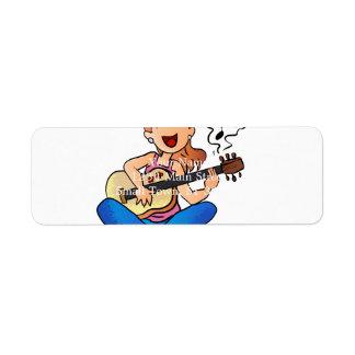 Étiquette fille jouant la guitare