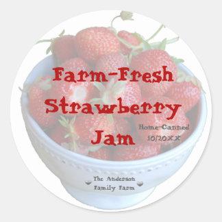 Étiquette frais de pot de confiture de fraise