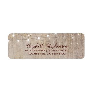 Étiquette La ficelle allume le mariage rustique en bois