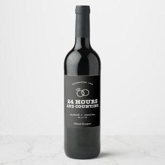 Étiquette Pour Bouteilles De Vin 24 heures et compte du noir de répétition de