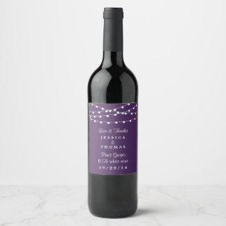 Étiquette Pour Bouteilles De Vin Les lumières de ficelle sur la collection pourpre