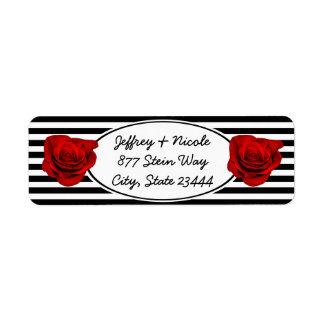 Étiquette Rose rouge sur épouser noir et blanc de rayures