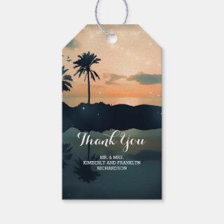 Étiquettes-cadeau Épouser de paumes de coucher du soleil de plage