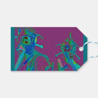 Étiquettes-cadeau Femmes d'usine dans des masques de gaz de