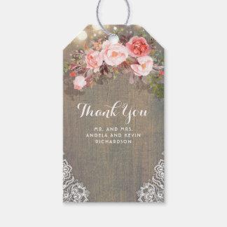 Étiquettes-cadeau Fleurs roses et mariage en bois rustique