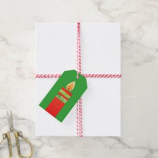 Étiquettes-cadeau Noël mire l'étiquette verte rouge de cadeau