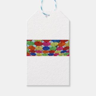Étiquettes-cadeau parapluie coloré